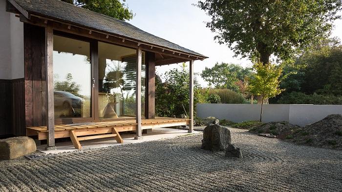 la plus petite maison du monde petite maison en pierre simple espagne plus belles maisons du. Black Bedroom Furniture Sets. Home Design Ideas